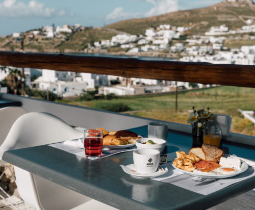 A delicious breakfast on the veranda of the Mykonos Essence restaurant.